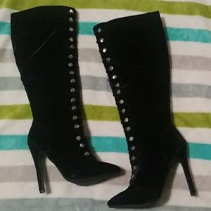 Shoes - Black heeled boots